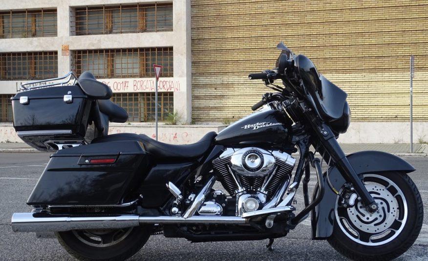 Harley-Davidson FLHX 1583 Street Glide